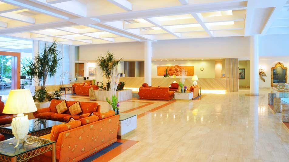 Sheraton Grand Mirage Resort Gold Coast / Hotels / Home